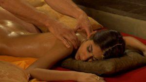 Ебля техника выполнения эротического массажа для женщин контакте
