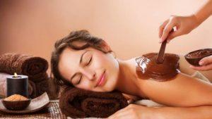 Что предусматривает оздоровительный шоколадный массаж, разбираем пошагово